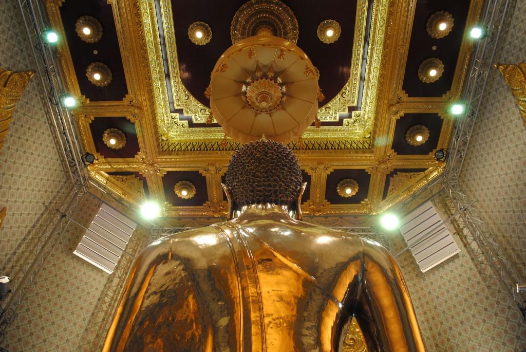 Il Buddha d'oro massiccio, Bangkok (พระพุทธมหาสุวรรณปฏิมากร)
