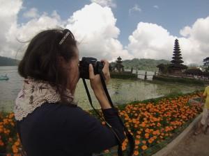 Fotografa di fama internazionale immortala il Pura Ulun Danu Batur